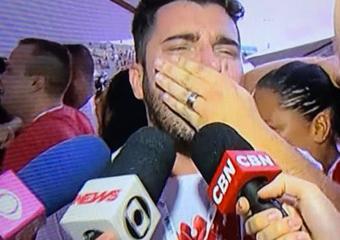 Carnavalesco de Cantagalo é campeão com a Viradouro no Rio