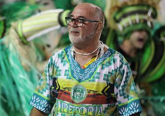 Carnavalesco Jorge Freitas, de Friburgo, é campeão com a Mancha Verde em S. Paulo
