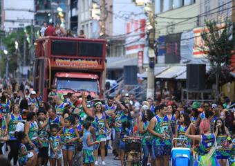 Friburgo: Carnaval termina hoje com 6 blocos e 5 shows; Apuração do desfile é quarta de Cinzas