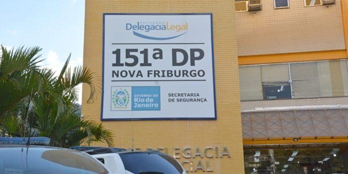 Friburgo: 151ª DP prende mulher por participação em roubo : Nova Friburgo  em Foco – Portal de Notícias